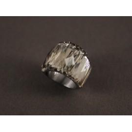 Anillo de Acero cristal facetado gris claro