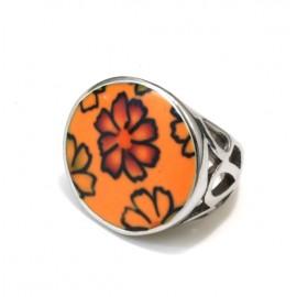 Anillo de acero boton naranja con flores