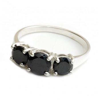 Anillo de plata triple grifa cubic negro