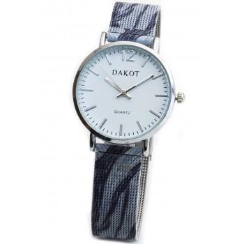 Reloj malla tejida pintada azul fondo blanco 30mm