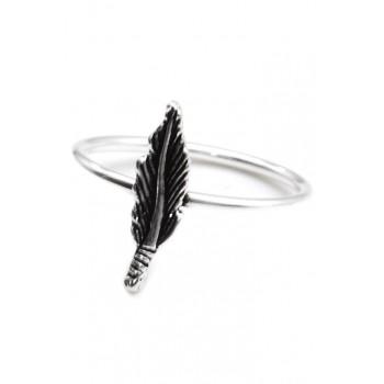 Anillo de plata con pluma