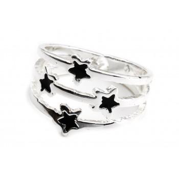 Anillo de acero plateado tres hileras estrellas negros